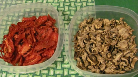 Dried-Tomatoes-mushrooms