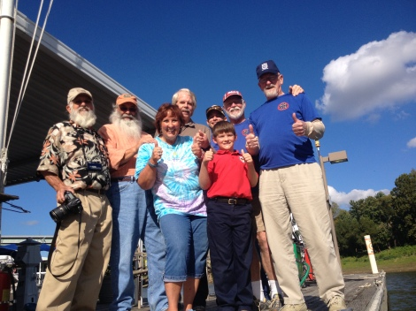 Members of the Bluff City Canoe Club and the Wolf River Conservancy.